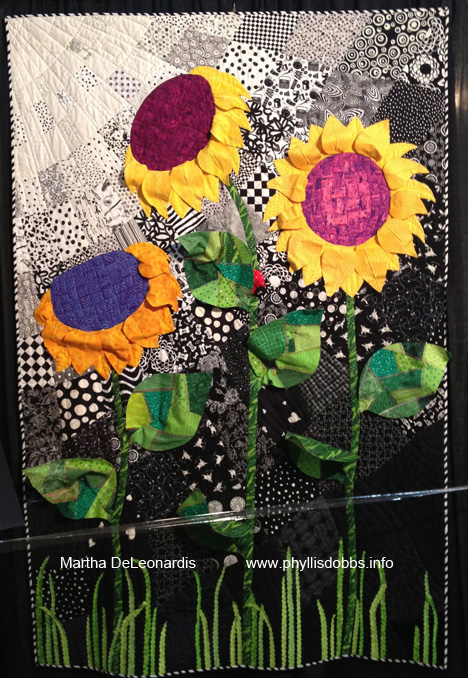 3D Sunflowers Quilt at Houston Quilt Market