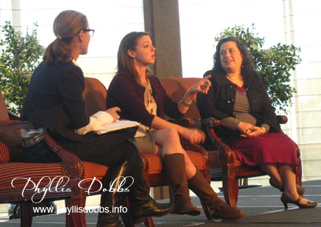 BlogHer founders in panel discussion