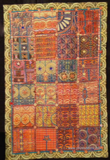 Capital Hardware Quilt by Frances Holliday Alford at Houston Quilt Market