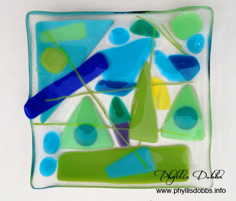 Fused glass dish made in class