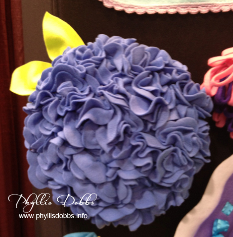Blue Hydrangea pillow created with the Rosette Template by June Tailor