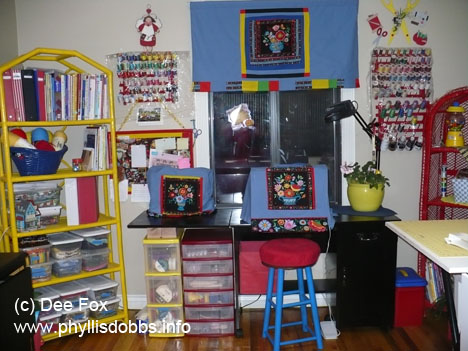Dee Fox's organized sewing room