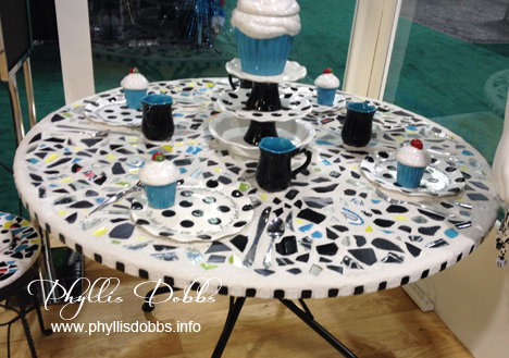 Mosaic table by ILovetoCreate at CHA